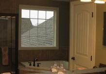 Bathroom in Regent Home Building Plan